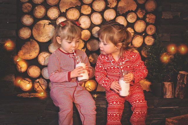 Decoración Temática Para Fiesta De Pijamas Pijamas Navideños Para Niños Galletas De Navidad Para Niños Tradiciones Navideñas