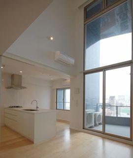 【極 KIWAMI】大阪で極上のデザイナーズマンションをお探しなら | index