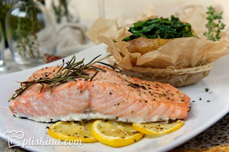 Красная рыба - мой фаворит среди самых вкусных, полезных и сытных продуктов. Рыба хороша сама по себе, она не требует сложных соусов и многогранных комбинаций из…