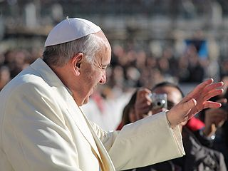 Giving in to temptation dulls us to harm of sin, Pope warns :: EWTN News