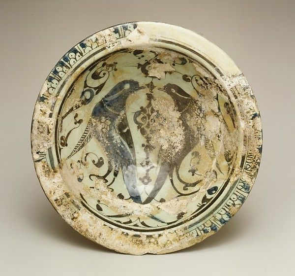 Bowl Date: 12th century Geography: Syria, Raqqa Culture: Islamic Medium: Stonepaste; underglaze painted