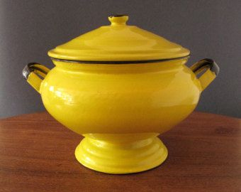 Antique French enamelware large soup tureen in stunning yellow, lidded with foot and handles, 1920s, French country, shabby chic