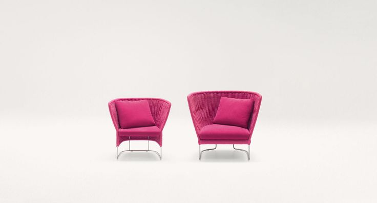 Ami - Compact armchair and armchair. The Ami series also includes chairs and sofas in different dimensions and typologies.