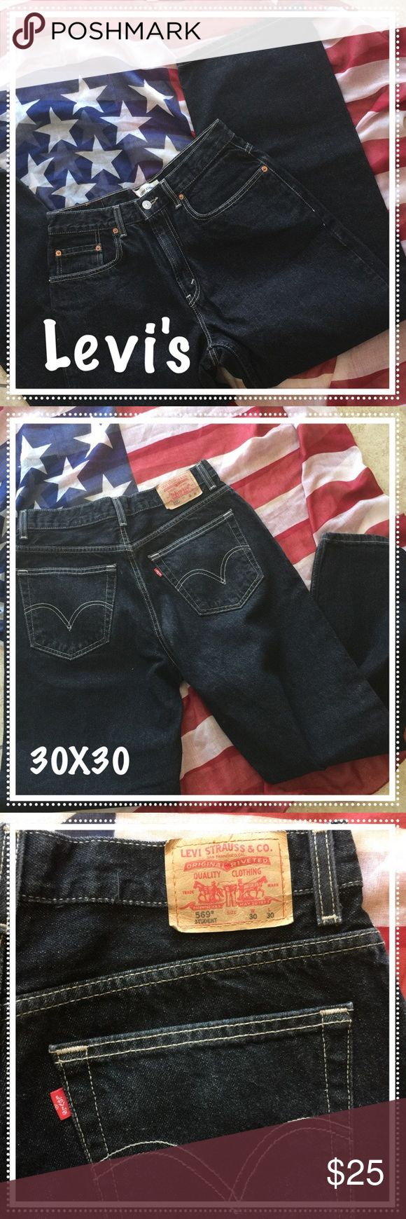 💥Sale💥Men's Levi's 569 Loose Straight 30x30 #073 Men's Levi's 569 - 30x30. Loose and straight. Good condition. Levi's Jeans Straight