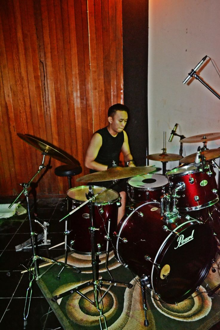 #NothingToShow #musicevent #GorontaloIndie #Band #headbanger