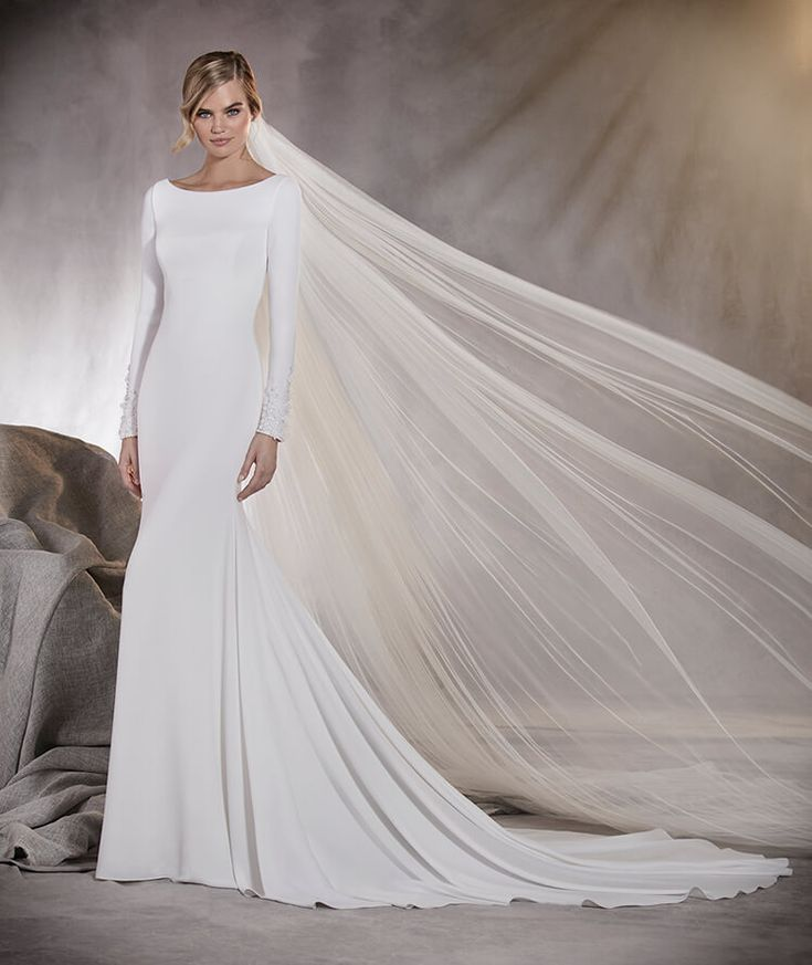 Alana - Drop-waist wedding dress in crepe with a bateau neckline