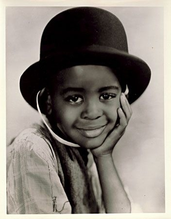 "William ""Billie"" Thomas, Jr. (March 12, 1931 – October 10, 1980) was an American child actor best remembered for portraying the character of Buckwheat in the Our Gang (Little Rascals) short films from 1934 until the series' end in 1944. He was a native of Los Angeles, California."