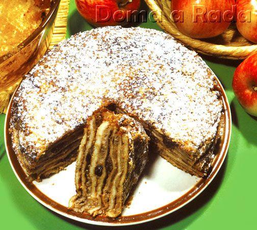 Omelety s jablkovou plnkou