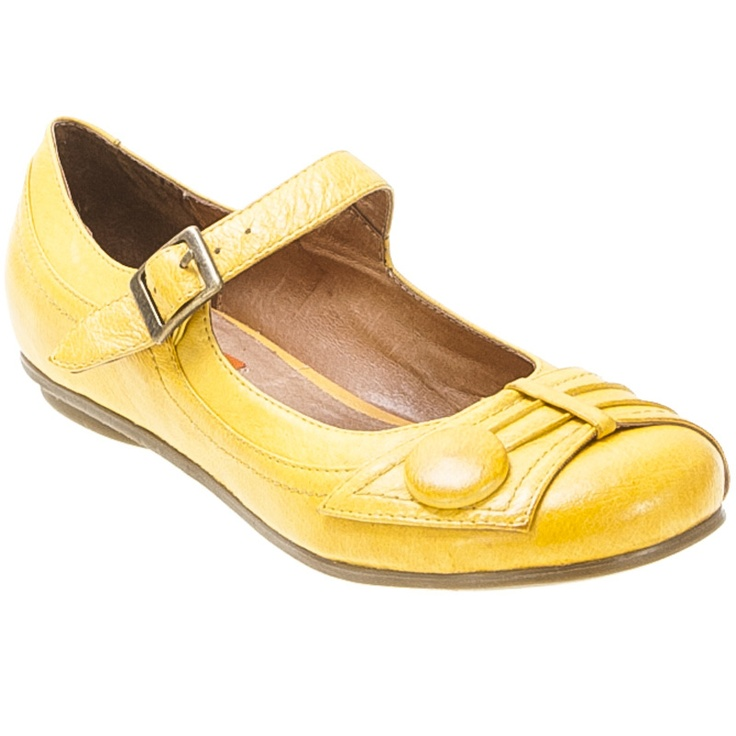 Yellow flats.: Mooz Dulce, Yellow Flats, Miz Mooz, Dulce Flats, Flats Shoes, Bridesmaid Shoes, Yellow Shoes, Yellow Mary, Mooz Shoes