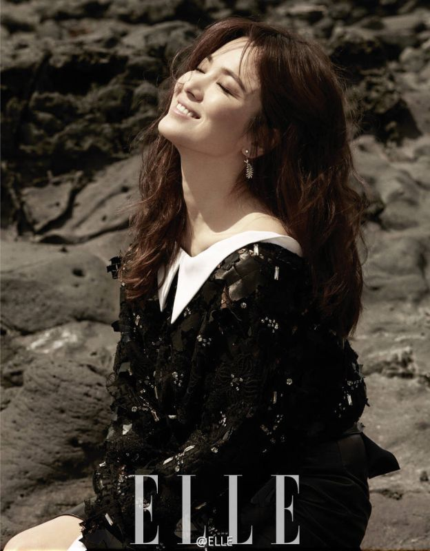 Song Hye Kyo Also Covers The June 2016 Editions of W Korea & @Star 1 + Elle China Interior Spreads | Couch Kimchi