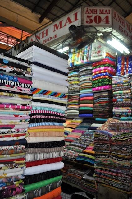 Fashion Gourmet: Ho Chi Minh fabric market - Vietnam