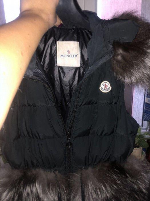 acca9adc2 Moncler Woman Vest jacket natural fur hood coat - size M  fashion ...