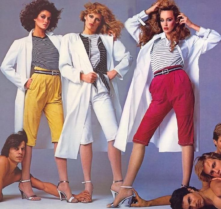 l to r - janice Dickinson, Patti Hansen, and Jerry Hall  --- Versace ad  --  Vintage ads of the 1980s : Fashion and Accessories - the Fashion Spot