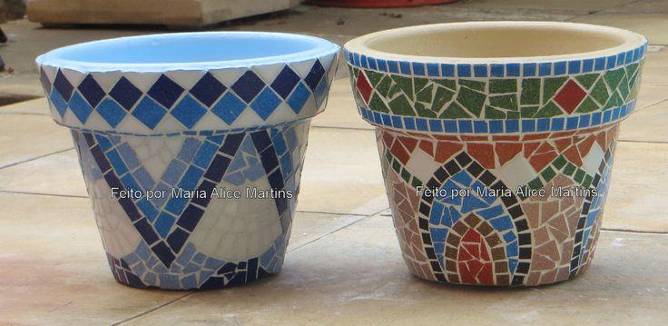 Vasos pequenos com mosaico