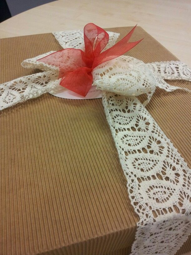 Gift wrapping....so cute !!