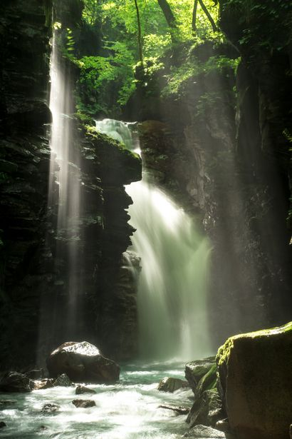 Yuhi falls, Tochigi, Japan 雄飛の滝 #Green #緑