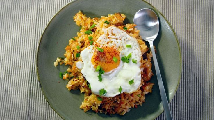 Kimchi Fried Rice | Asian Food Channel
