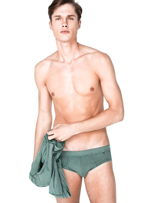 88 best images about skinny man on pinterest for Ropa interior benetton