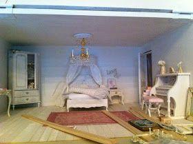 un angolo della camera     il comodino     il corridoio     l'armadio      l'angolo relax dello studio     la panca      la finestra della...