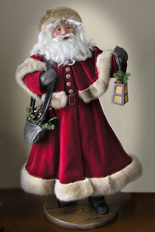 Mary Bauman, my sisters Santa's. She does beautiful work! http://www.visionsofanoldefriend.com/page8.htmPage 1