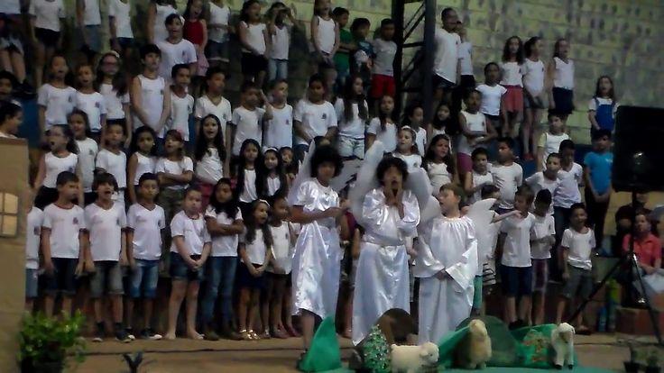 APRESENTAÇÂO DE FINAL DE ANO EMEF FRANCISCO CARDONA P4