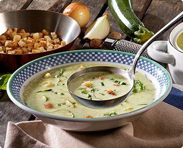 Rezept: Zucchini-Cremesuppe mit Croûtons