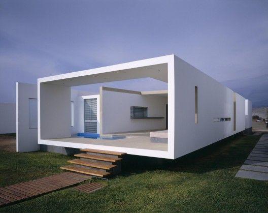 Casa de playa en Las Arenas, Perú. Obra de Javier Artadi. Foto de Alexander Kornhuber.