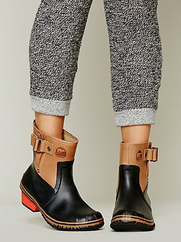 Sorel via Free People. These are amazing