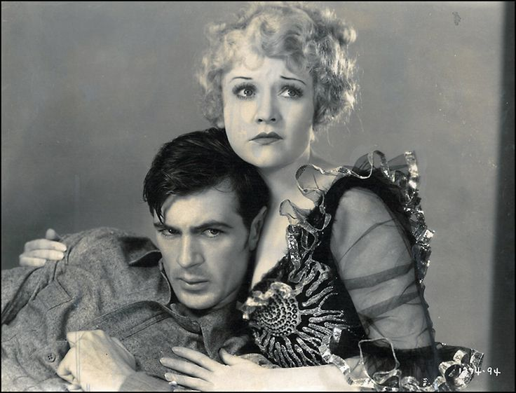 Gary Cooper and Betty Compden in The Spoilers