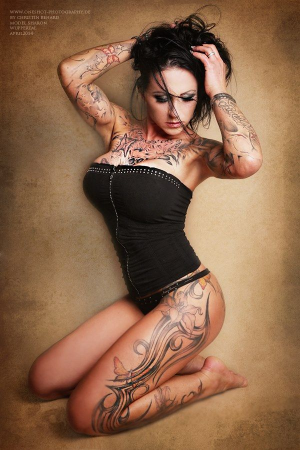 "Sharon+Phoenix+(from+<a+href=""http://www.inked-model.com/picture.php?/1181/category/107"">Hot+tattoo+models</a>)"