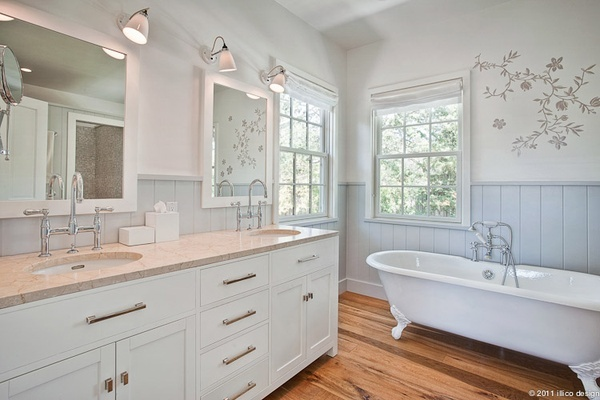 : Bathroom Colors, Bathroom Decals, Gifts Cards, Clawfoot Bathtubs, Clawfoot Tubs, Upstairs Bathroom, Bathroom Ideas, White Bathroom, Design Bathroom