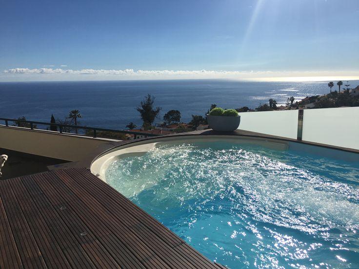 Amazing #piscina Lola by #Waterair Instalada por FXC #madeira #swimmingpool #Marpic #Spa #Portugal
