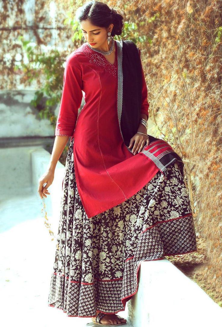 #skirt #kurta #red #black #striking #women #fashion #easy #styling #chic #Fabindia
