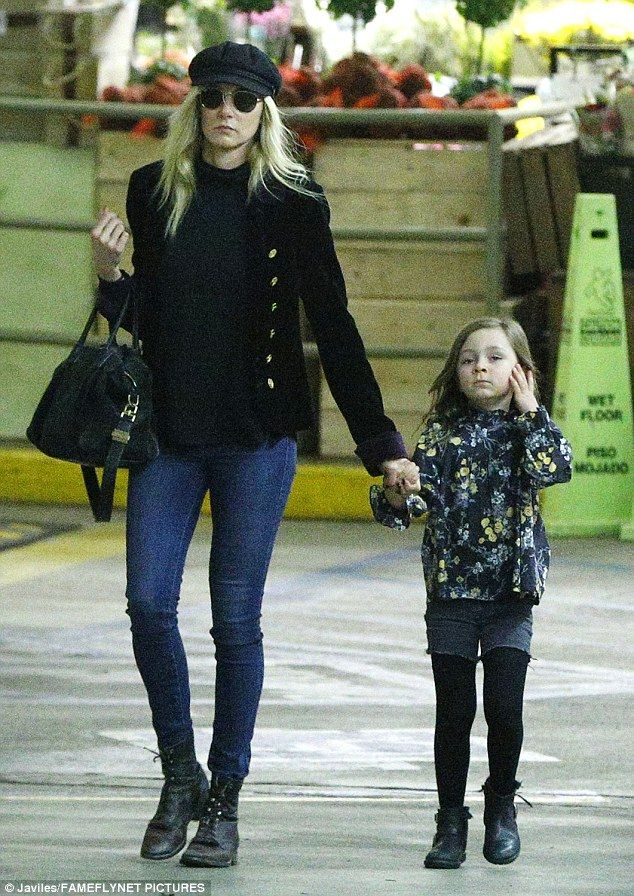 Kimberly Stewart steps out with daughter Delilah Genoveva del Toro
