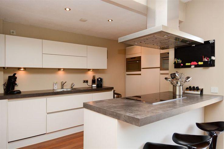 32 beste afbeeldingen over witte keukens op pinterest modern gezin budget en decoratie idee n - Deco witte keuken ...