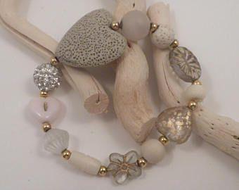 Bracelet coeur lave, pour elle, pour les femmes, lave, verre tchèque, pressé de verre, strass, OS, Beige, rose, crème, coeur, fleur, Girly, lunatique, plage