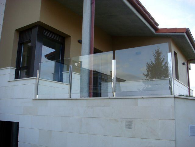 M s de 25 ideas incre bles sobre barandales para terrazas - Vidrios para terrazas ...
