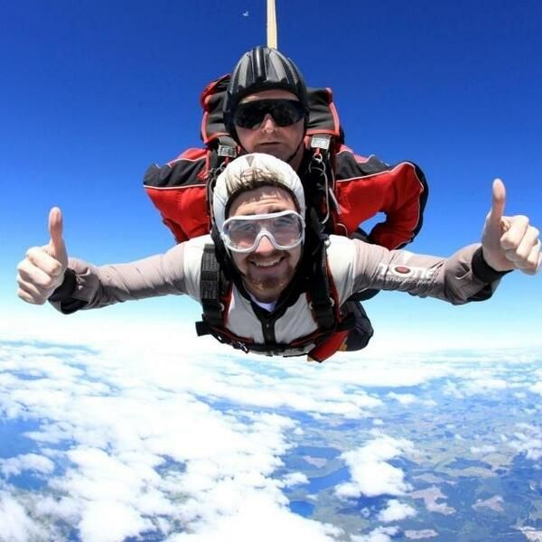 @NewHorizonsHolidays @michaelstribling skydiving in New Zealand this year ^LD #travel #nh #newzealand #skydive #adventure