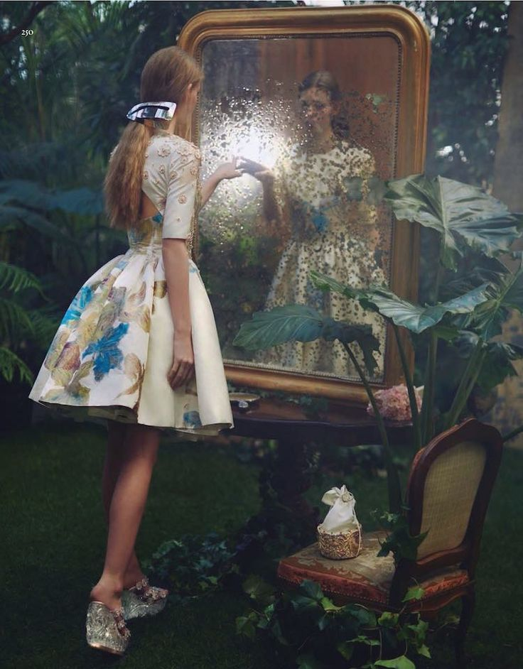 "go ask alice... | ""In Wonderland"": Lauren de Graaf by Alexandra Sophie for Vogue China April 2016"
