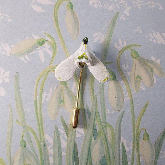 White snowdrop handmade spring brooch White flower jewelry Galanthus flower brooch Flower pin