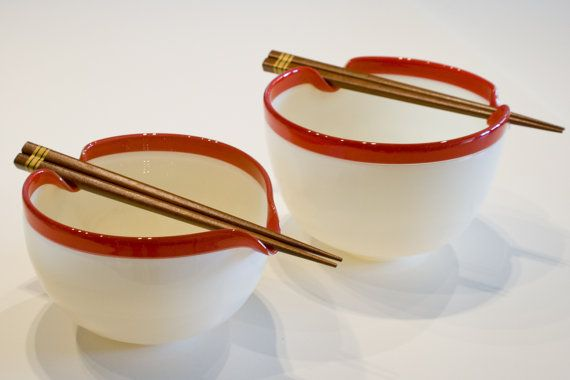 Hand Blown Glass Noodle Bowl with Chopstick Rest = NEED! Wow, these are gorgeous!