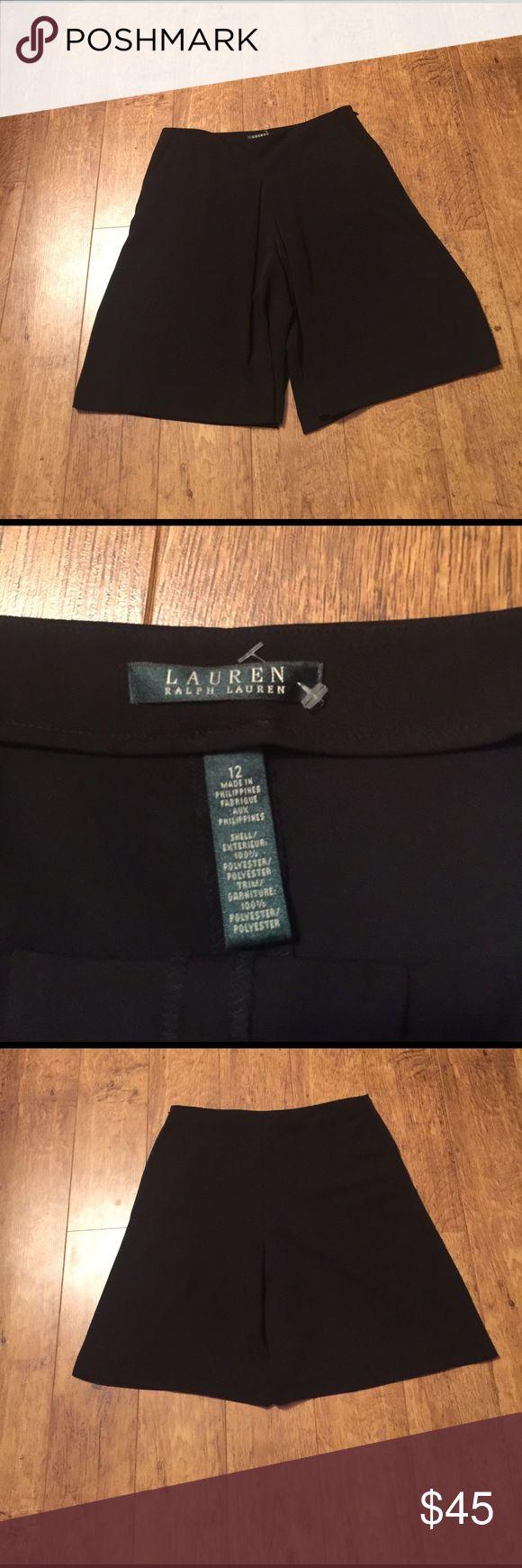 On trend Ralph Lauren Gaucho skirt Super on trend gaucho style skirt with pockets and side zipper. Like new condition Lauren Ralph Lauren Skirts Mini