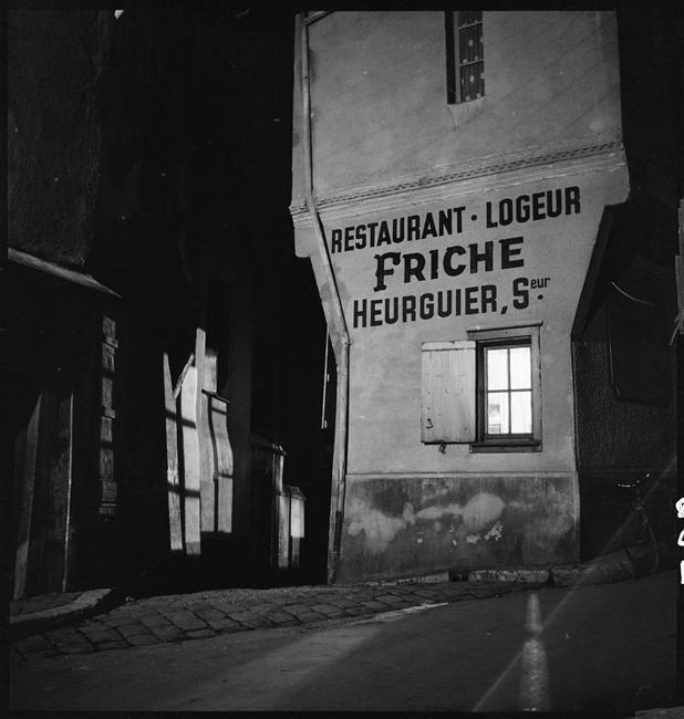Marcel Bovis, Restaurant logeur de nuit, 1935