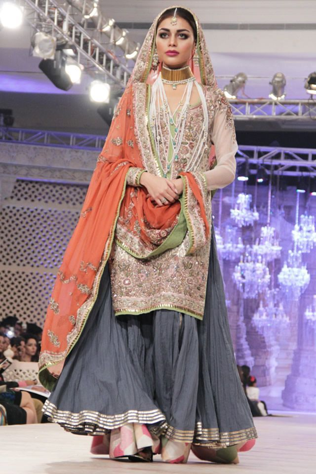 Pakistani Latest Wedding Bridal Sharara Designs 2015-2016 Collection