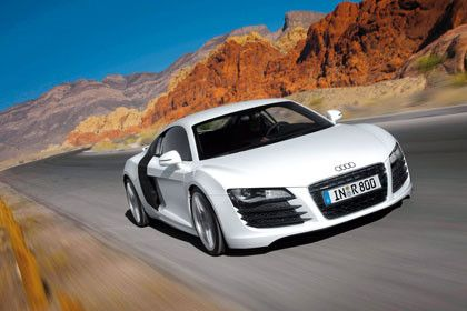 Me facina el Audi R8. El carro es muy rapido