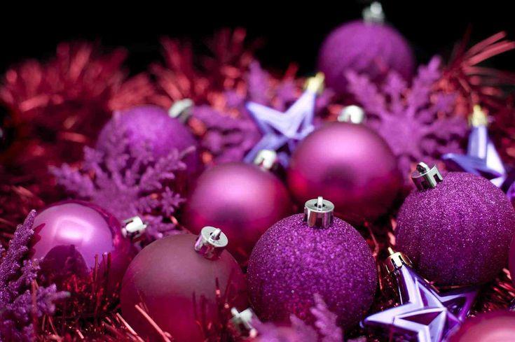 New Post christmas present background purple