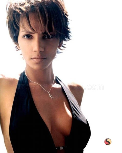 Young Halle Berry---Even more Beautiful