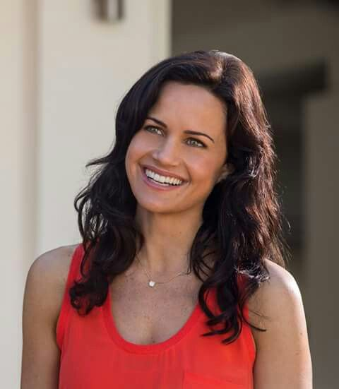 Emma (Carla Gugino) ♥ #SANANDREAS