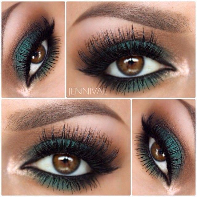 Emerald smokey eyes