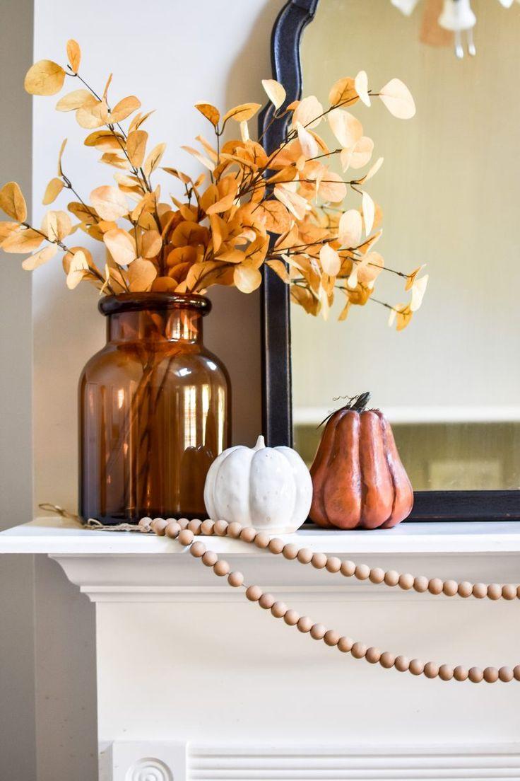Fall Living Room, Living Room Decor, Fall Room Decor, Modern Fall Decor, Autumn Decorating, Diy Fireplace, Fall Mantel Decorations, Yard Sale Finds, Fall Treats